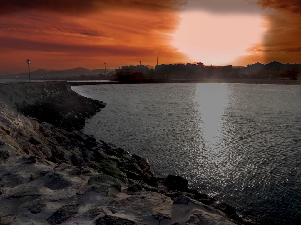 Feu sur Fuerteventura. 26538946199_c0b93e3d14_b