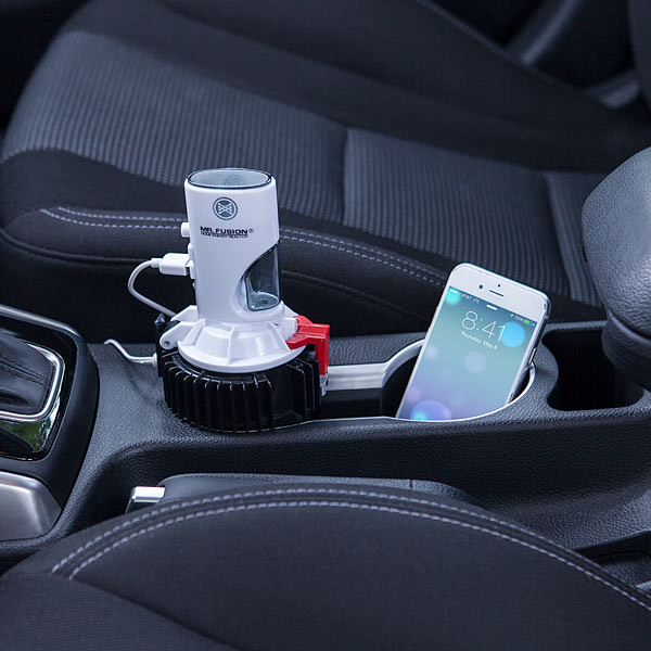 用核融合裝置來充電好霸氣!? ThinkGeek《回到未來》Mr. Fusion 核融合裝置車用充電器 Mr. Fusion Car Charger