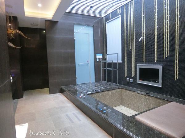 台中住宿 超推![影片] 水雲端旗艦概念旅館 Hotel,超多!超大打造不同風格 (24)