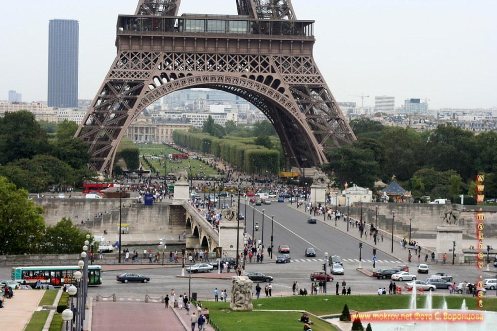 Город Париж, столица Франции и фотограф
