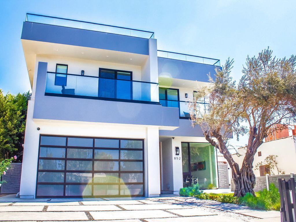 852 N Vista St,Los Angeles,California 90046,5 Bedrooms Bedrooms,5 BathroomsBathrooms,Apartment,N Vista St,6503