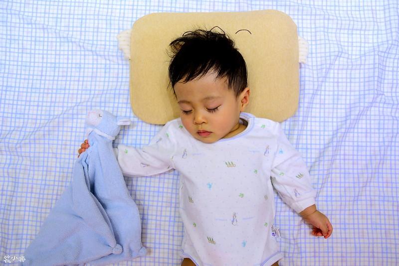 頭型枕mimos頭型枕cani嬰兒顧頭型枕頭防扁頭嬰兒枕cani枕頭cani air wave枕頭價格 (8)
