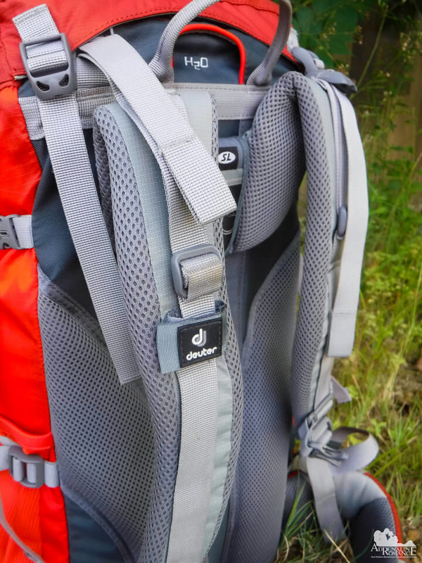 Deuter-ACT-Lite-Shoulder-Strap