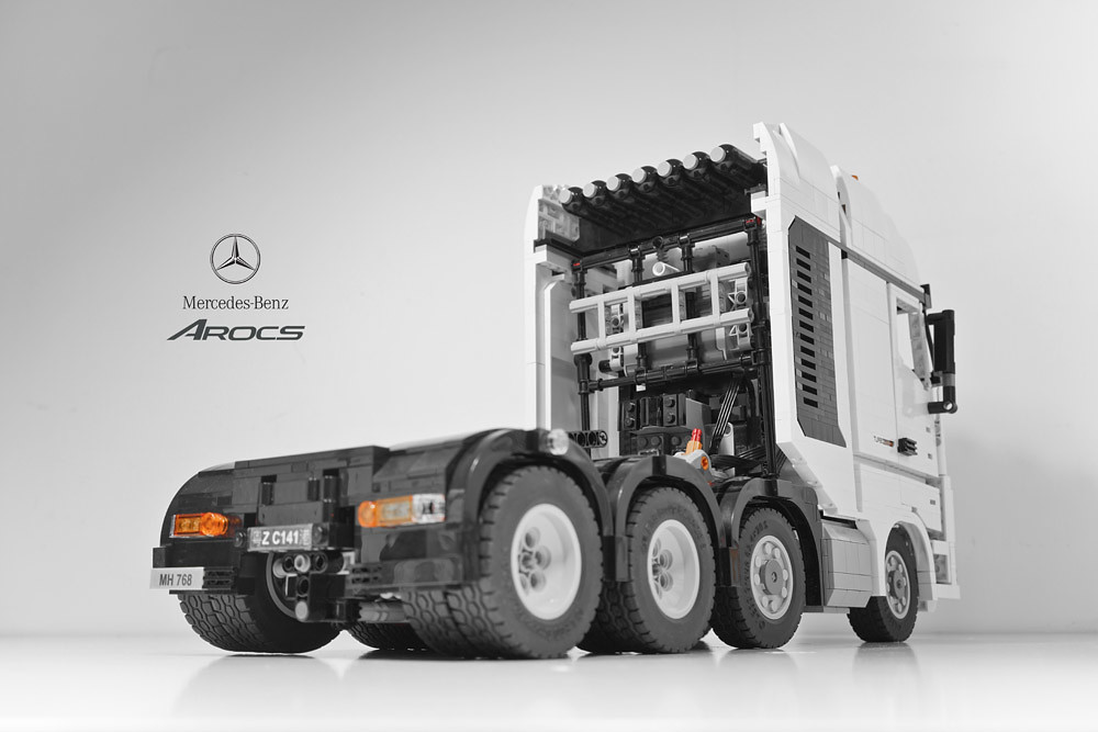 lego moc mercedes benz arocs zusammengebaut. Black Bedroom Furniture Sets. Home Design Ideas