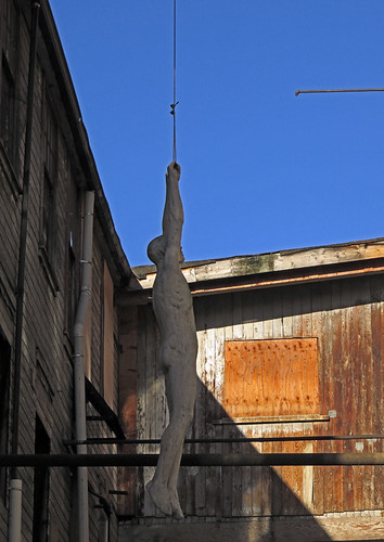 Hanging body at 1000 Parker St in Vancouver, Canada