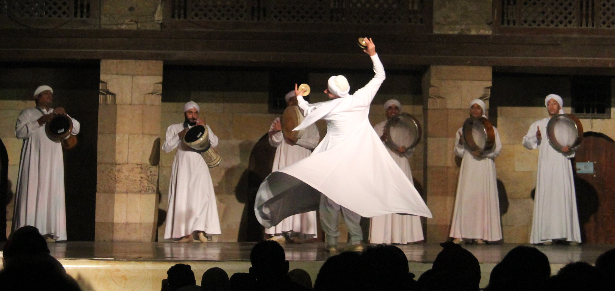Tanoura begins with recitation of old verses