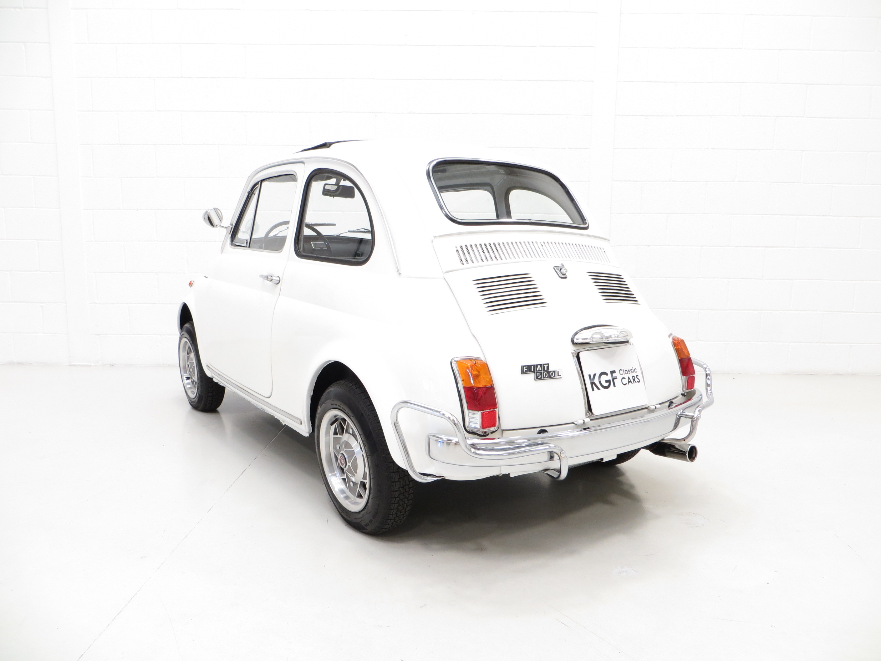 A Classic Adorable And Funky Fiat 500l Sold Pe1 Retro Rides 1970 500 For Sale By Kgf Cars On Flickr