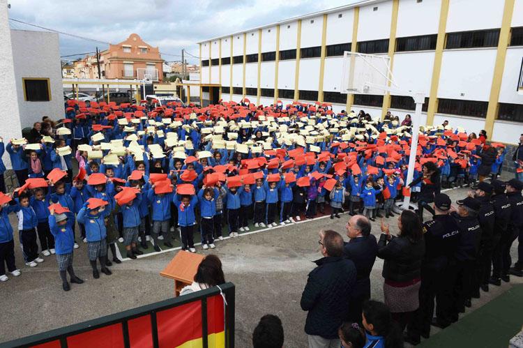COLEGIO NUESTRA SEÑORA DE LOS MILAGROS IZADA DE BANDERA1