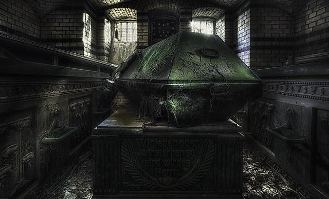 Im Mausoleum
