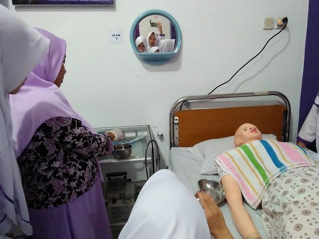Praktikum Suction, Mata Kuliah Keperawatan Medical Bedah