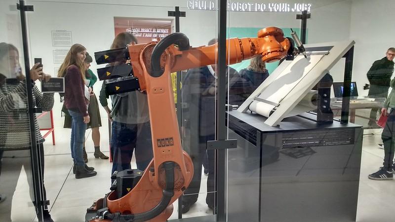 """Museo de Diseño """"hello, robot"""" y el design musem gent - 24442834098 299e8b337e c - """"Hello, Robot"""" y el Design Musem Gent"""