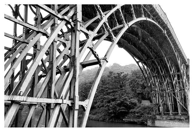 The Iron Bridge, in the rain _ 2