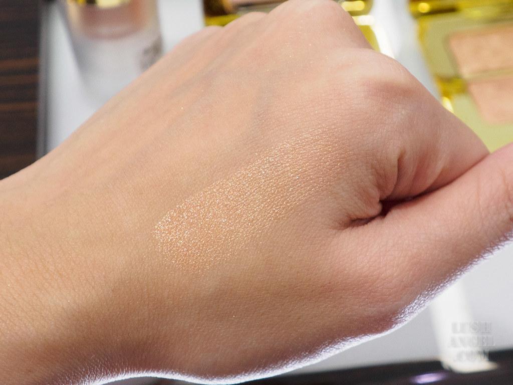 tom-ford-skin-illuminator-swatch