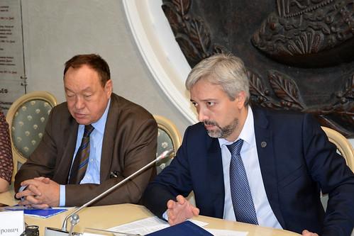 Евгений Примаков,  председатель комиссии Комиссия по развитию информационного сообщества, СМИ и массовых коммуникаций