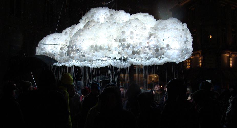 Lichtfestival Gent - Cloud | Mooistestedentrips.nl
