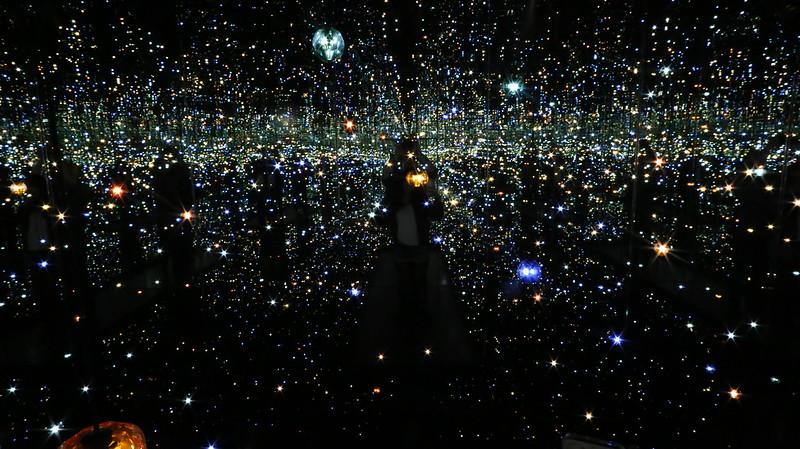 Yayoi Kusama x Infinity Room