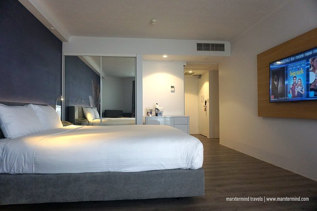 Novotel Surfers Paradise Superior Room