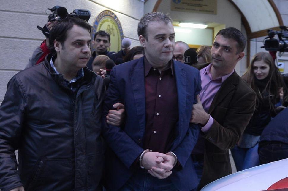 Infractorul Valcov intocmeste programe de guvernare in Romania condusa de mafia PSD-ista