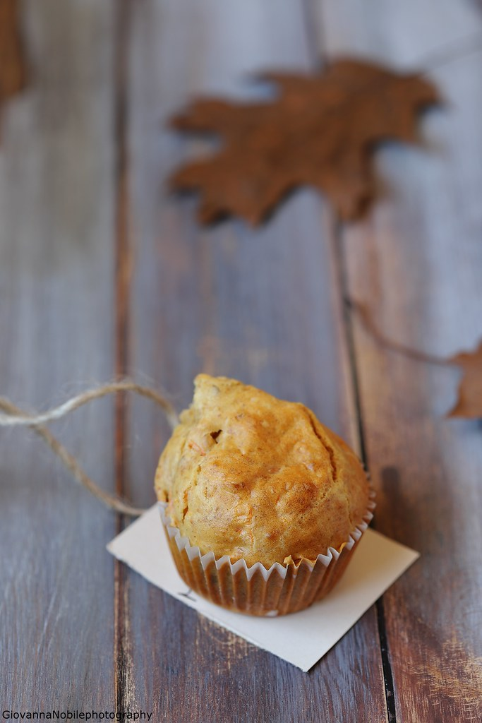 Muffin con carote e mandorle 7
