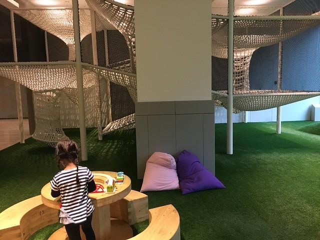 鹿鹿跑去玩別人搬過來的建構片@宜蘭礁溪寒沐酒店