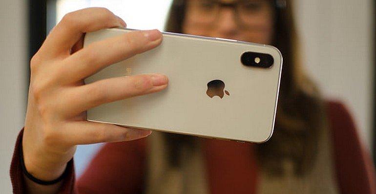 Qu'est-ce qui pourrait rendre les caméras des prochains iPhones plus impressionnantes ? Un laser bien sûr !