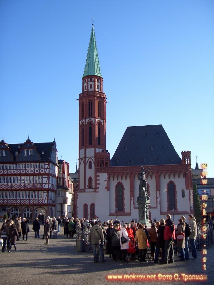 Города Франкфурт на Майне и фотограф
