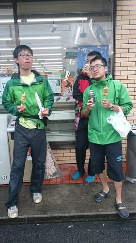 信州班も一緒。主務ですらなかった鈴木さんと当時主将だった髙橋さん。