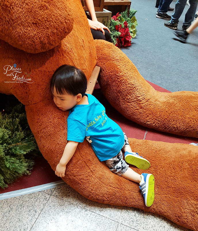 mid valley christmas 2017 teddy bear
