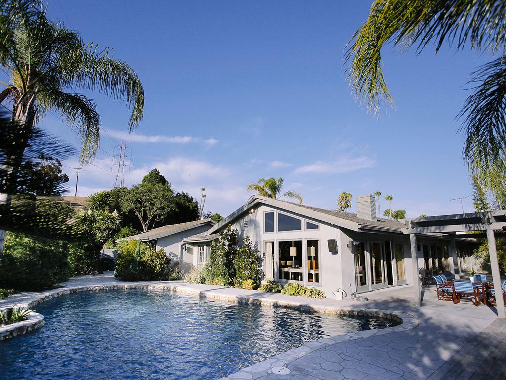 6542 Lakeridge Rd,Los Angeles,California 90068,3 Bedrooms Bedrooms,2 BathroomsBathrooms,Apartment,Lakeridge Rd,5511