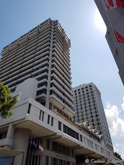 Peninsula Excelsior Hotel 01