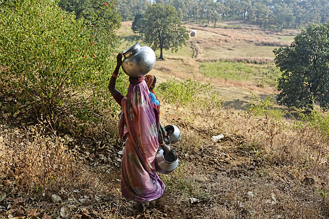 To fetch water, the women of Makhala had to walk at least 1.5 km on the hilly terrain.