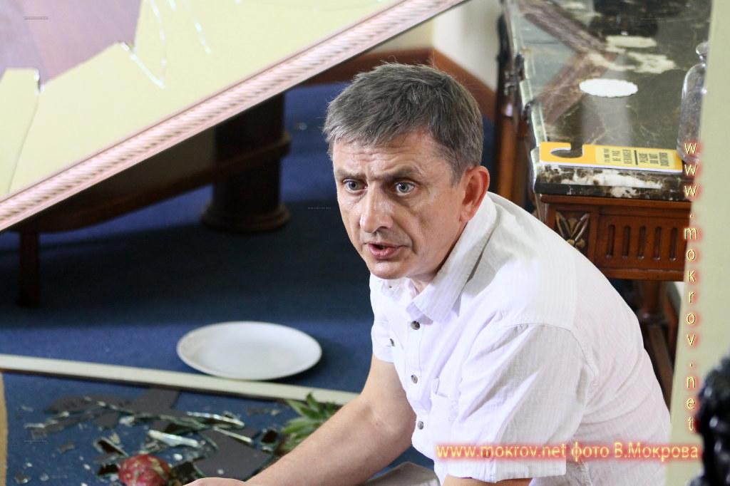 На съемках Телесериал «Карпов. Сезон второй» и фотограф