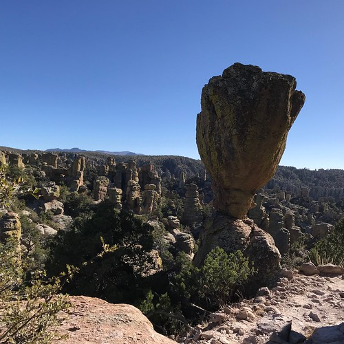 Chiricahua National Monument big balance hoodoo
