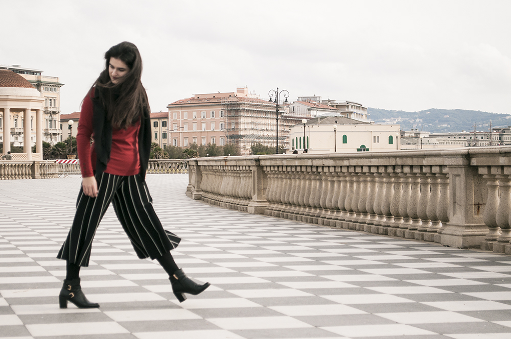 something fashion blogger influencer streetstyle firenze spain italianbloggers erasmus student culotte pants livorno pisa traveling europe_0479 copia
