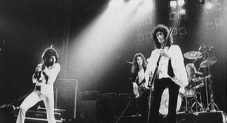 Queen live at The Rainbow, London - 1974