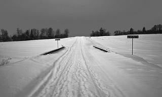 SDIM1395. The Snowy Road to Skrepyaschevo (Скрепящево)