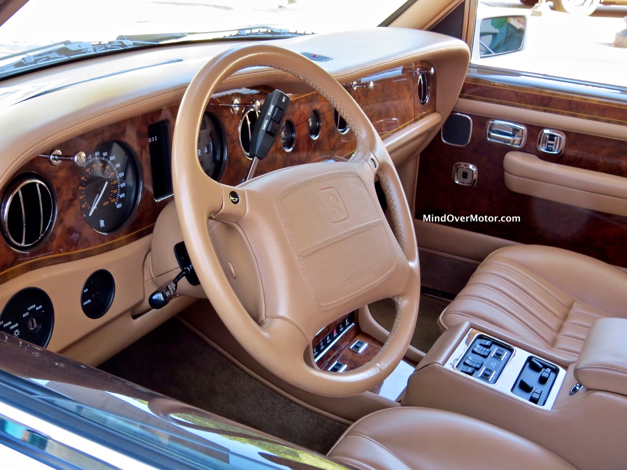 Rolls Royce Spur IV Front Seats