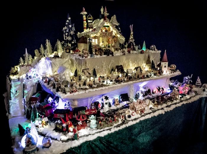 Loviisan Wanhat joulutalot talo nro 19 Kimmon joulumaa Kimmo Lonka #visitloviisa #joulukodit #wanhanajan
