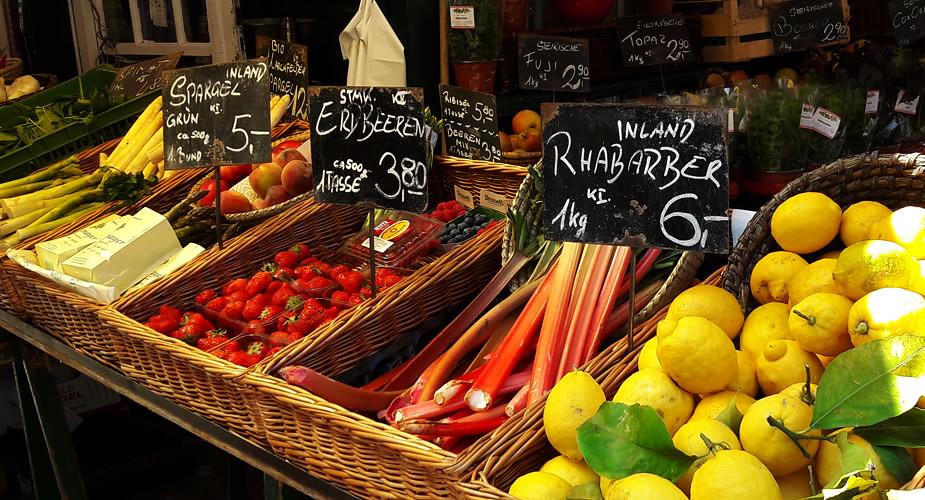 Goedkoop lunchen in Wenen: lunchen op de Naschmarkt | Mooistestedentrips.nl