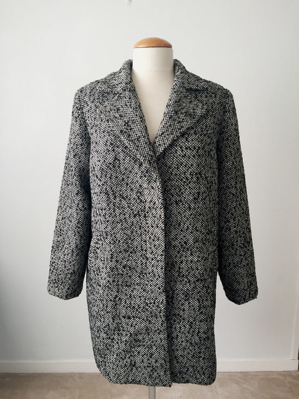 bamboo coat front on form