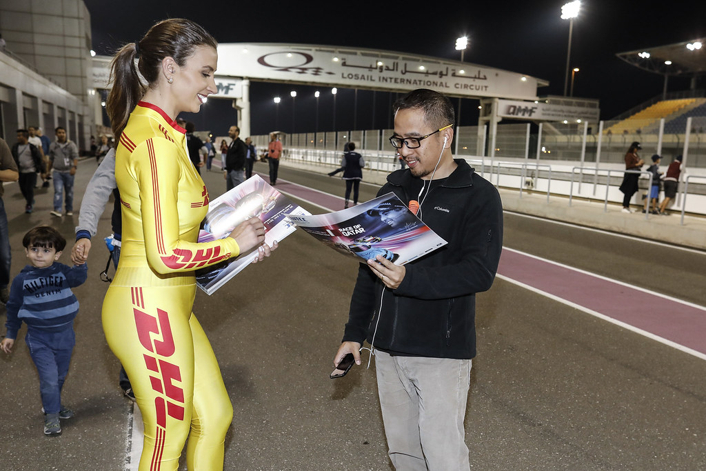 girl ambiance during the 2017 FIA WTCC World Touring Car Championship race at Losail  from November 29 to december 01, Qatar - Photo Francois Flamand / DPPI