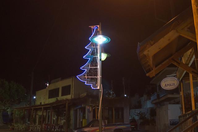Η Ψίνθος στολισμένη στο κλίμα των Χριστουγέννων