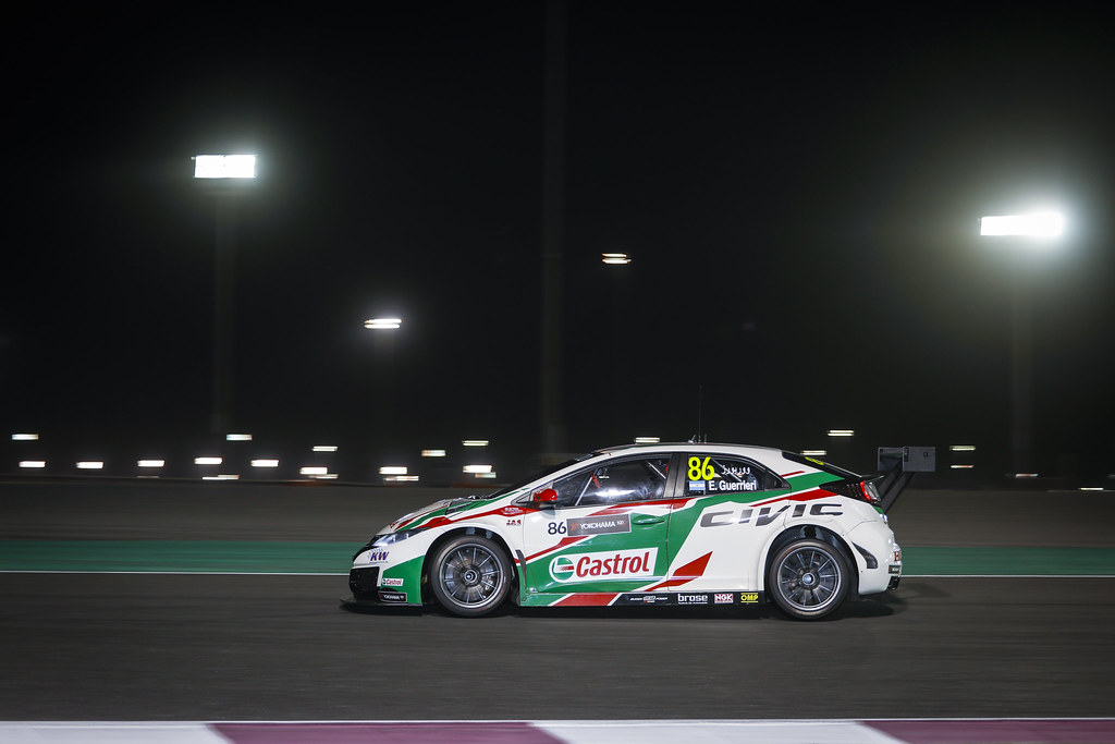 86 GUERRIERI Esteban, (arg), Honda Civic team Castrol Honda WTC, action during the 2017 FIA WTCC World Touring Car Championship race at Losail  from November 29 to december 01, Qatar - Photo Francois Flamand / DPPI