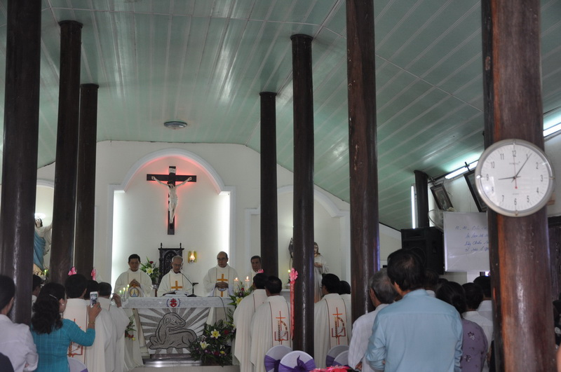 Thánh lễ thành lập giáo họ biệt lập Sông Cát
