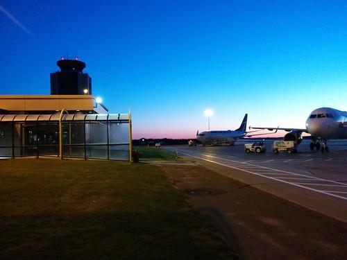 Looking back #pei #princeedwardisland #charlottetown #charlottetownairport #dawn #blue #airplane #tarmac #latergram