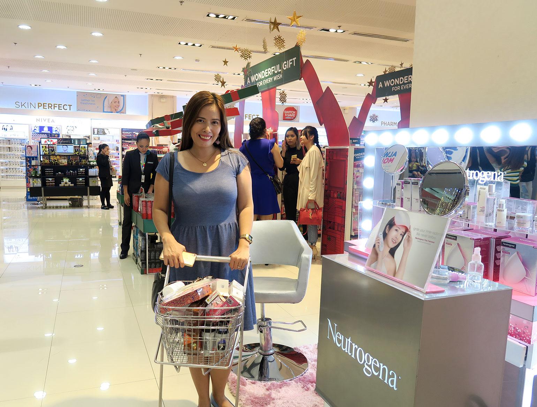 12 Holidays 2017 Gift Shopping at Watsons - Gen-zel She Sings Beauty