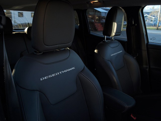 2017 Jeep Renegade Deserhawk