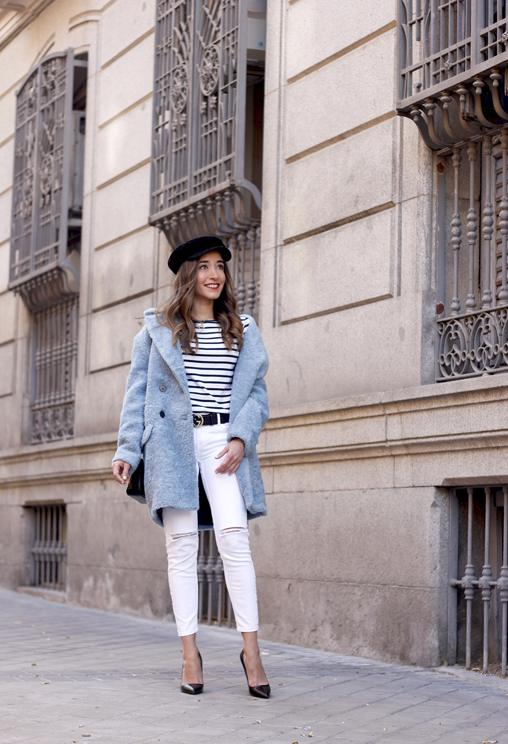blue fur coat stripes white ripped jeans givenchy bag navy cap fall outfit street style07