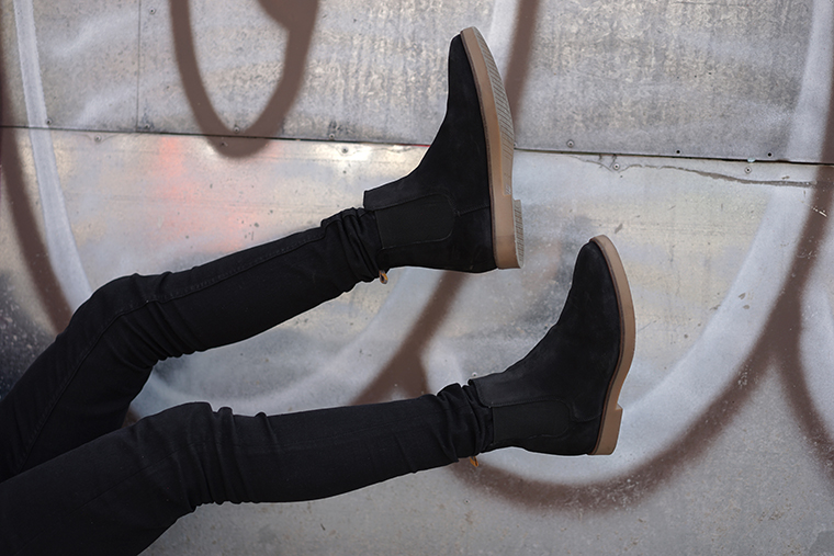 one foot in front of the other Frank Wright chelsea boots review 6