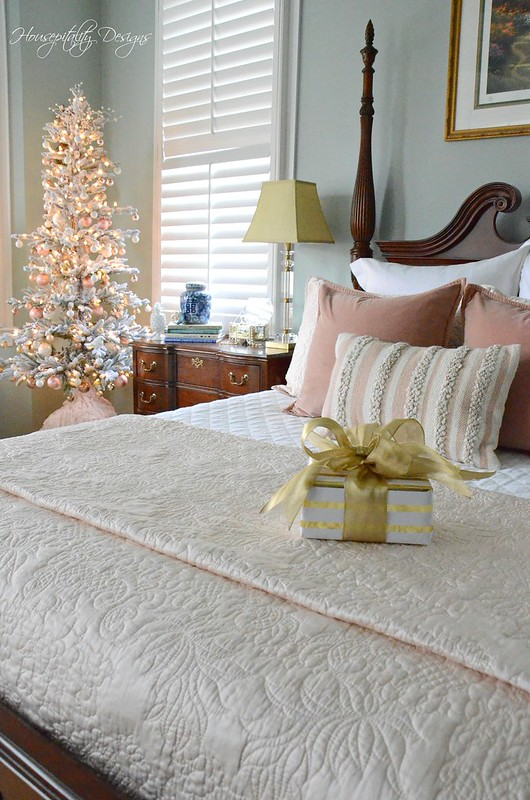 Christmas MasterBedroom-Housepitality Designs-2
